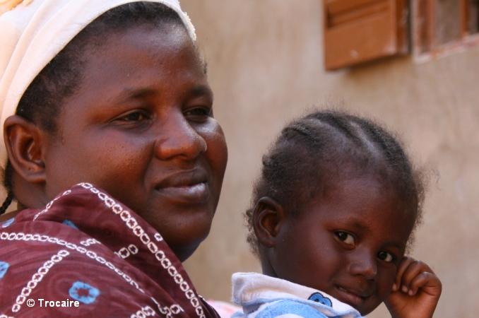 Fanta Poudiougou & her 3 year old child Saouda, left their home in Gao. Photo: Trocaire